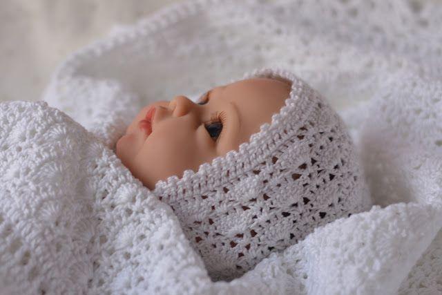 Нежное создание: Красивая шапочка для новорожденного малыша