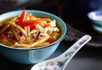 Japanische-Reis-Tee-Suppe