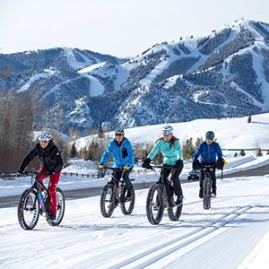 Pricing and details for purchasing lift tickets and gondola tickets for winter skiing and snowboarding as well as summer sightseeing and mountain biking.
