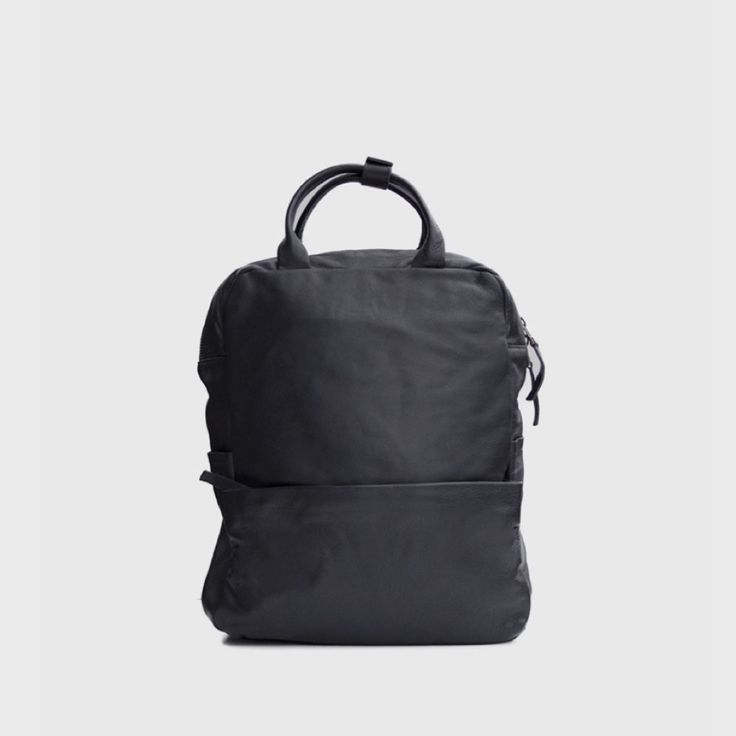 Lederrucksack – schwarz – handgemacht