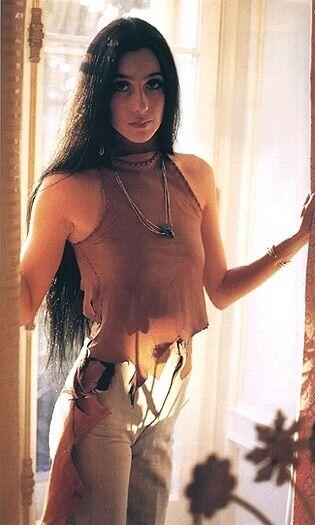 Cher is gorgeous: 1970, Boho Gypsy, Fashion Icons, Fashion Style, Fashion Design, Beautiful, Expensive, Bobs Mackie, Native American