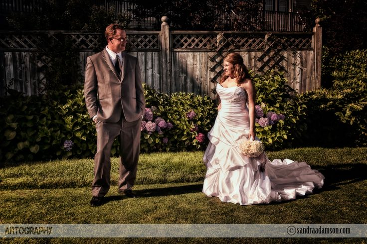 Are you looking for a creative and artistic wedding photographer? Servicing Halifax NS and the surrounding Maritime provinces. Available for international travel. Visit my website at www.sandraadamson.com  #wedding #photographer #photography #halifax #ns #novascotia #sandraadamson #photo #image #bride #groom #ashburngolfcourse