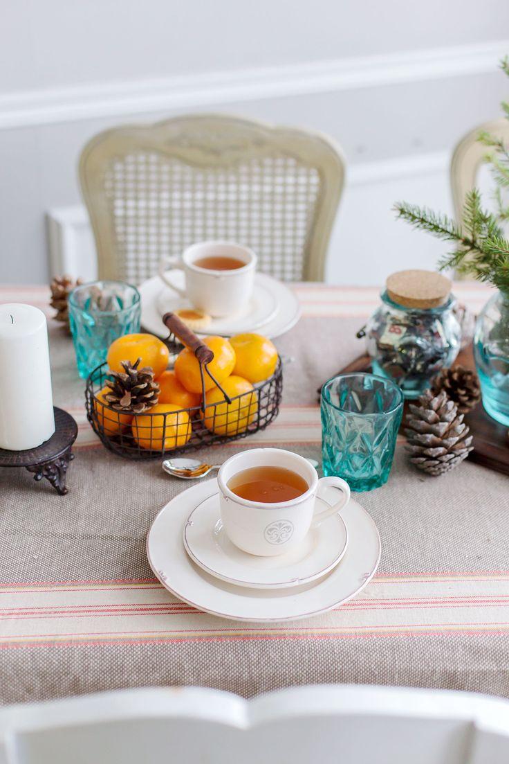 4 этапа создания красивой зимней сервировки стола
