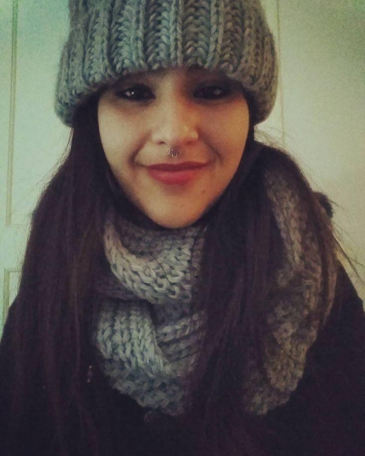"""40 Me gusta, 2 comentarios - Sara سارة (@harimaguada_) en Instagram: """"Voy a morir de frío."""""""