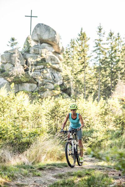Beim Mountainbiken das Mühlviertel entdecken. Weitere Informationen unter http://www.muehlviertel.at/mountainbiken ©Mühlviertel Marken GmbH/Hochhauser