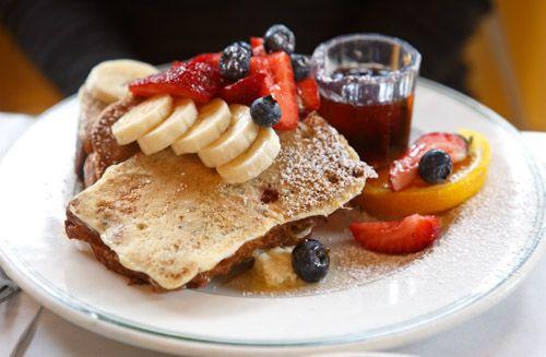 A Breakfast I'll Wake Up For: Mama's San Francisco