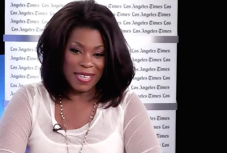 Watch: Emmy Contenders Chat with Lorraine Toussaint   @LPToussaint of #OITNB https://youtu.be/RUX3vrCST0w