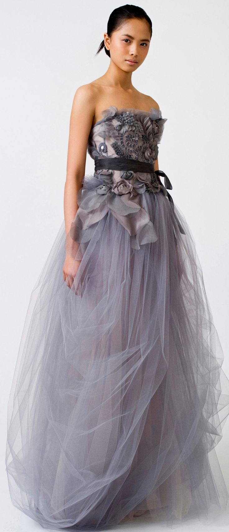No one does non white wedding dresses like vera wang for Vera wang gray wedding dress
