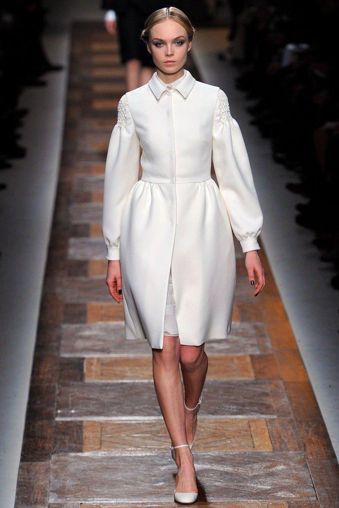 Valentino Fall 2012 Ready-to-Wear Fashion Show - Siri Tollerød