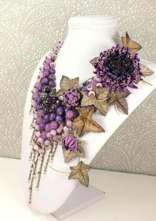 Лиловое Парфе. Колье, брошь - цветок, цветы. Натуральные камни и кожа -