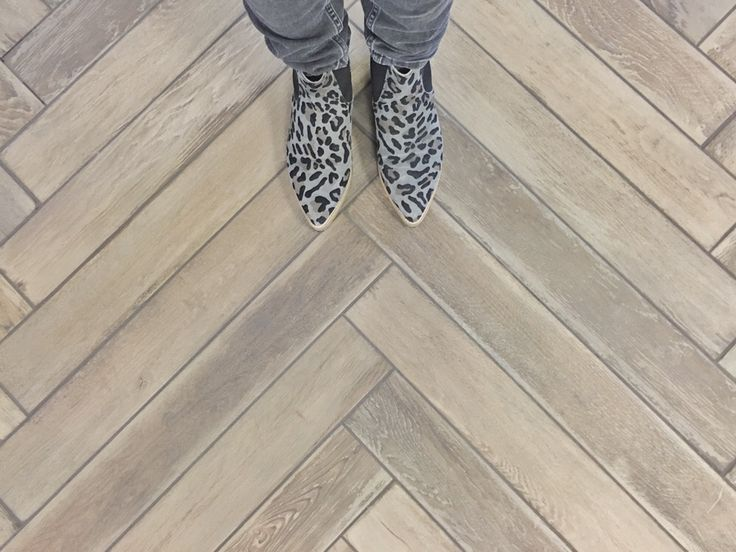 Woonidee: tegelvloer van hout - One Hand in My pocket