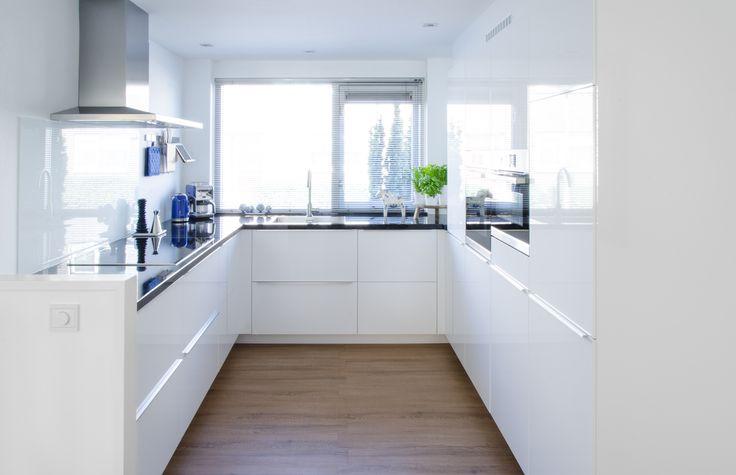 Prachtige Keuken In Donkere Houtkle : Een prachtige IKEA METOD keuken ...