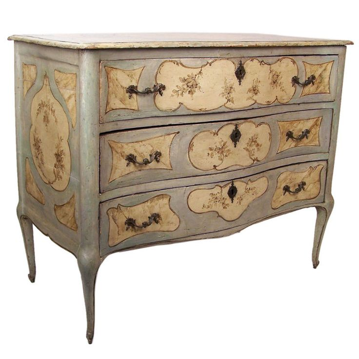 18th Century Venetian Commode