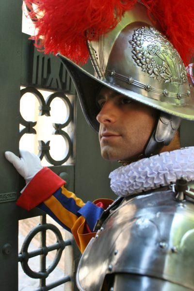 Best 25 Swiss Guard Ideas On Pinterest The Vatican