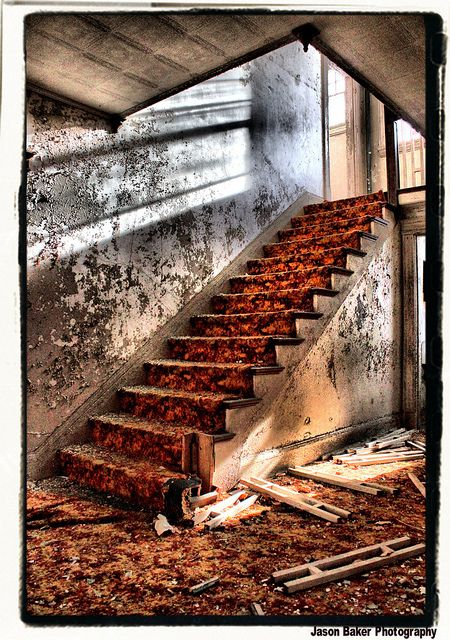 <b>These stairways all look like they belong on a horror movie set.</b> Don