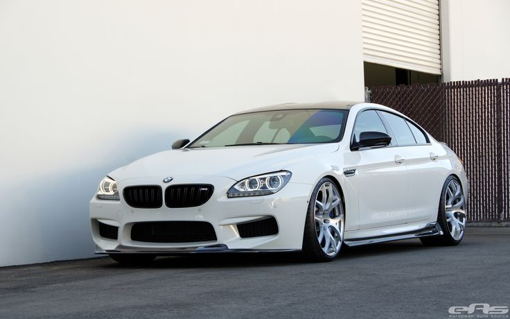 EAS presents the Alpine White Arkym BMW M6 Gran Coupe - http://www.bmwblog.com/2014/04/02/eas-presents-alpine-white-arkym-m6-gran-coupe/