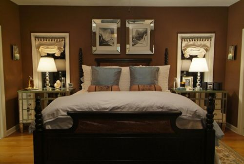 I like the dark color with the short 4 poster bed.