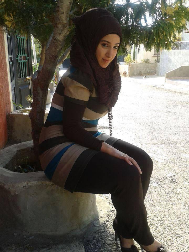 Photos Of Beautiful Arabic Girls Veiled  Arab Girls -7243