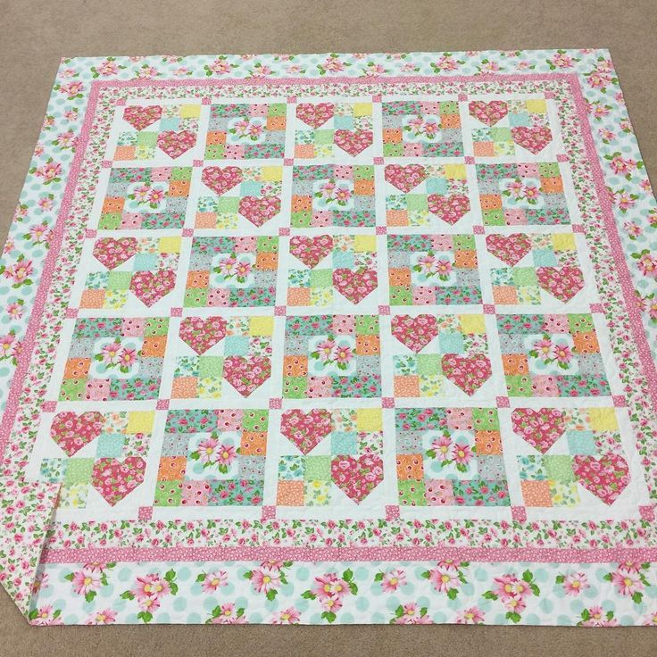 1000 Ideas About Heart Quilt Pattern On Pinterest Heart