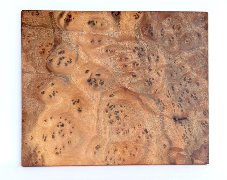 CAMPHOR BURL WOOD:  36 cm x 30 cm x 1,2 cm