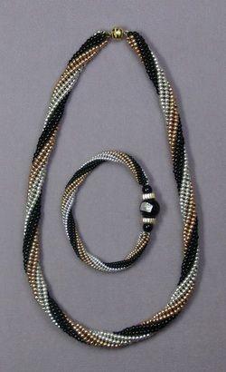 Herringbone Spiral Class Seed Beads
