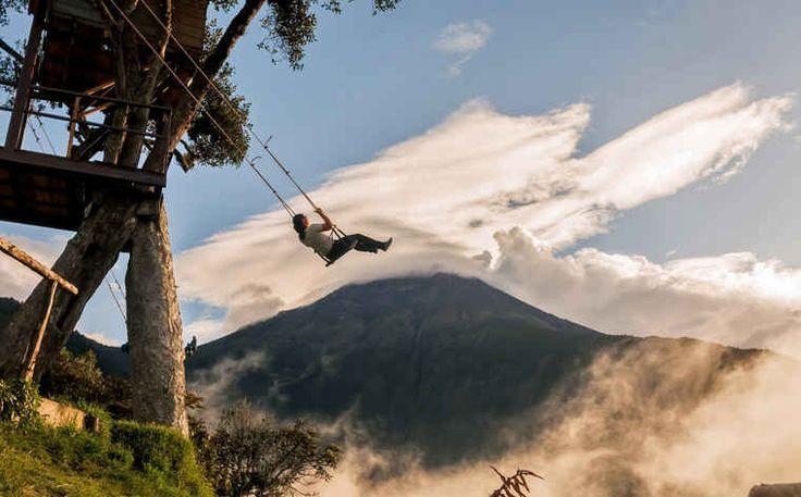 Pobujaj się na tej przyprawiającej o zawrót głowy huśtawce w Baños, Ekwador – z wulkanem Tungurahua na wyciągnięcie ręki