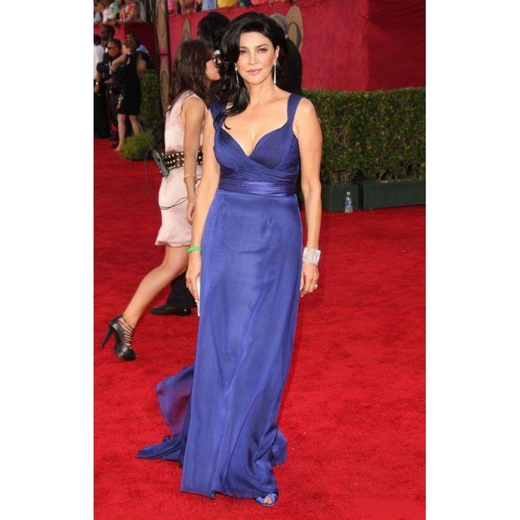 Mejores 92 imágenes de Emmy Award Dress en Pinterest | Alfombras ...