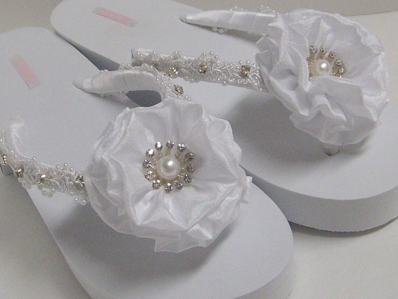 Wedding Flip Flops / White Bridal Flip Flops / by rossyaccesorio, $38.99