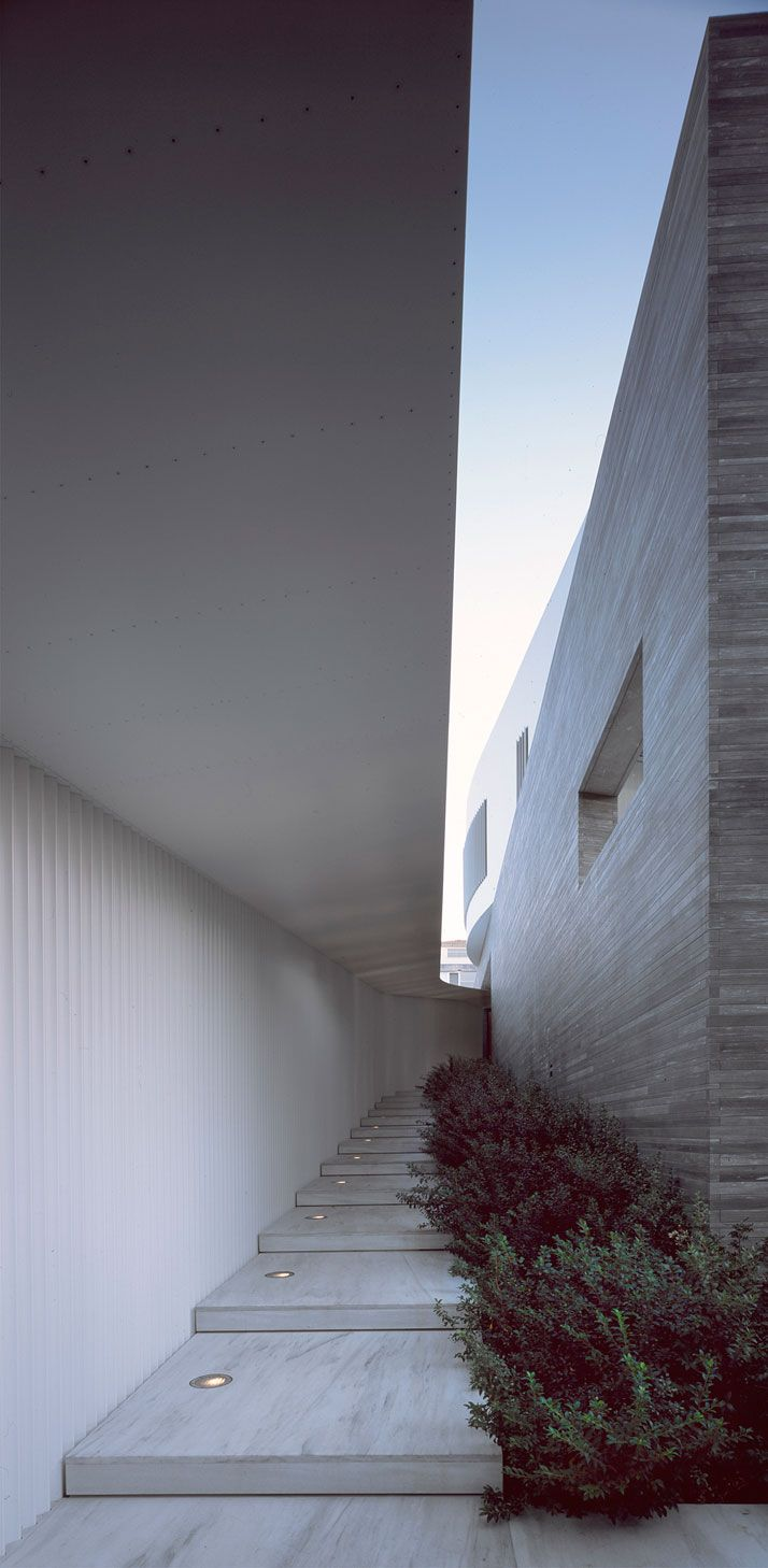 A Private House by Divercity Architects In Psychiko, Athens, Greece | http://www.yatzer.com/Psychiko-House-Divercity-Architects-Athens-Greece