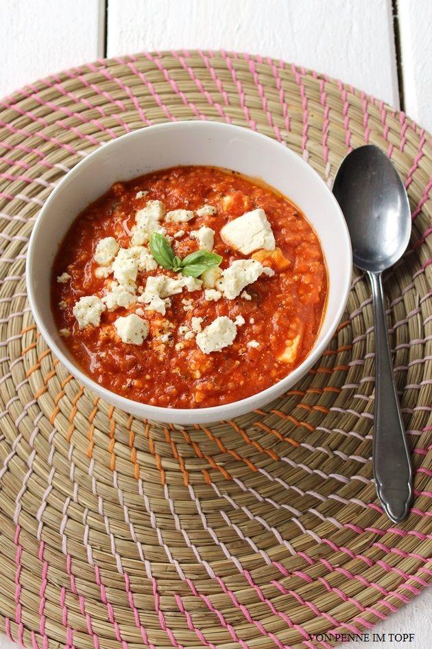 Tomaten - Hirse - Suppe mit Feta - Penne im Topf