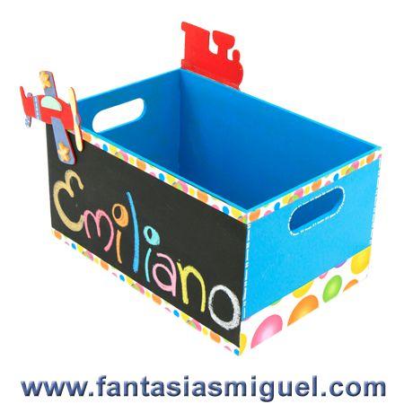 Caja para juguetes con pintura para pizarr n como hacer - Manualidades cajas madera ...