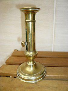 bougeoir ancien cuivre ou laiton avec poussoir all brass pinterest. Black Bedroom Furniture Sets. Home Design Ideas