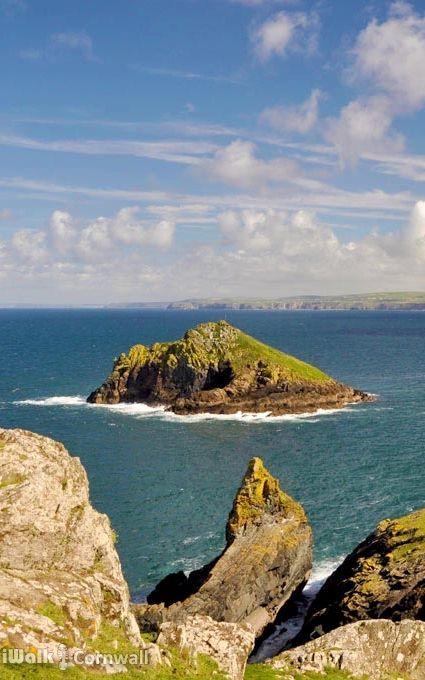 Rugged coastline at The Rumps, Cornwall