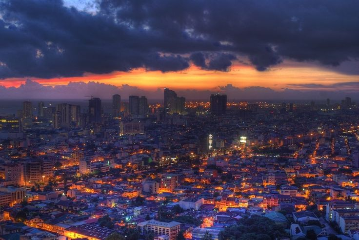 The majesty of Metro Manila and Makati at sunset. | 33 Breathtaking Photos That Prove The Philippines Is Paradise
