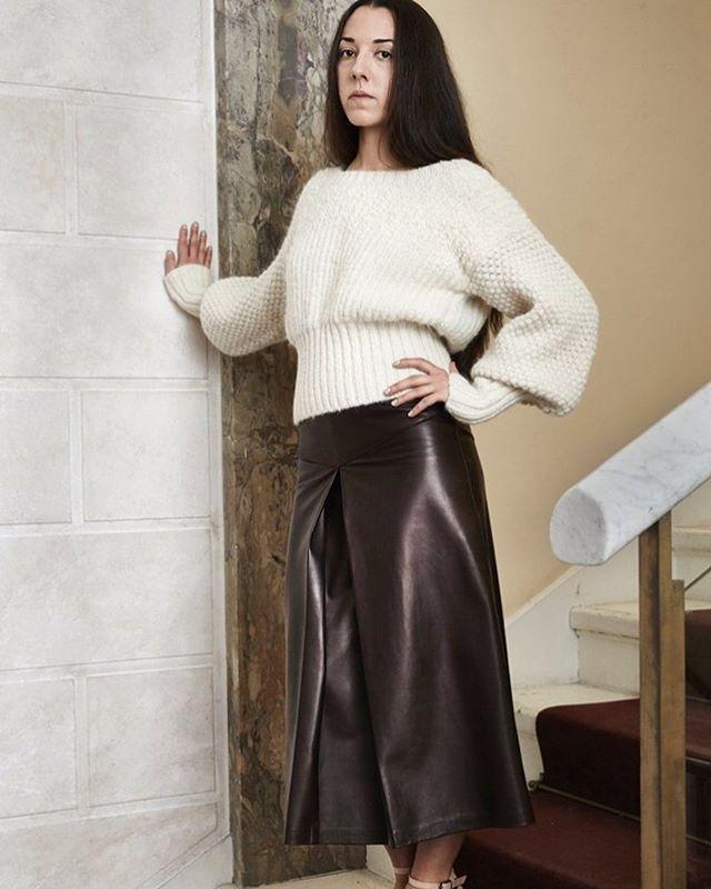 #rachelcomey Белые свитера: очаровательные и женственные) #white #trend #fashion #vogue #aw1617trends #aw1617 #knitting #knit #knitwear #fasionknit #fashionknitwear #вязание #вязанаямода #трикотаж