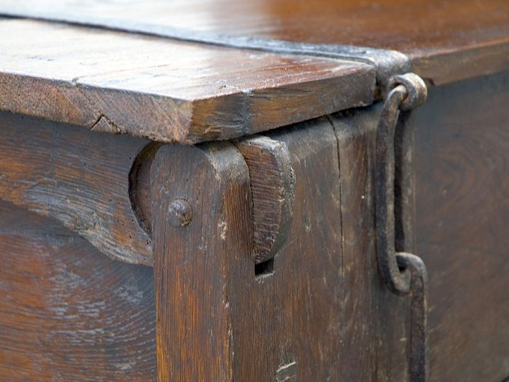 A rare late 14th century oak clamp front chest, with butterfly lockplate and chain and link strap hinges,with til inside, in perfect condition.See ( Die gotischen Truhen der Luneburger Heideloster ) book for identical examples dating to the 1390's and with similar hinges and lockplates.