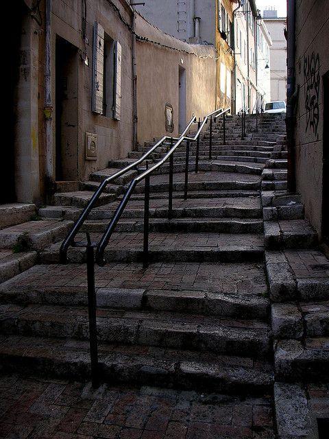 Le Panier, Marseille France. par Simon Blackley