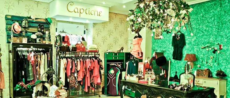 Decoracion de tiendas de ropa antes de entrar a una tienda for Disenos de tiendas de ropa modernas