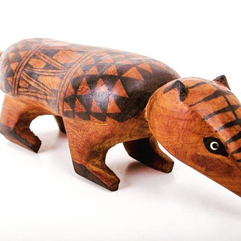Armadillo Bench made by the Mehinako indigenous people of the Xingu region in Brazil. The benches are zoomorphic and are impregnated with major symbolic dimensions of the geometric design. More information @ xapiri.com  #mehinako #xingu #armadillo #indigenous #indigena #indigenouspeople #tribe #amazon #amazonia #amazonas #artesan #native #natural #ethical #xapiri