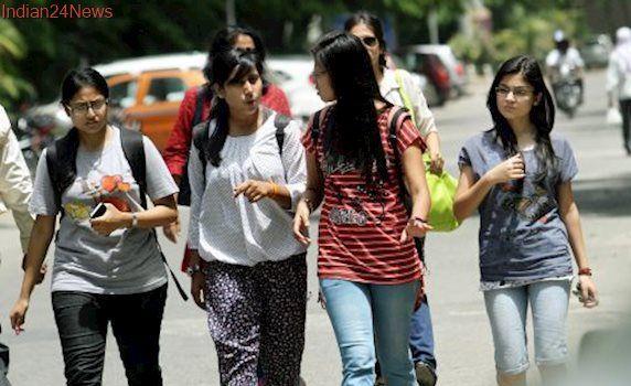 Delhi University hostels bar girls from stepping out on Holi