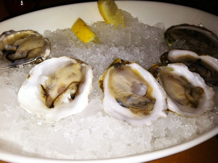 Oysters, Oyster bar and Mesas on Pinterest
