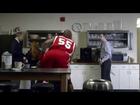 NBA Dikembe Mutombo GEICO Commercial (no no no not in my house)