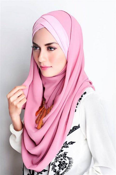 Hijabilicious - she looks like a doll    izgleda kao lutkica