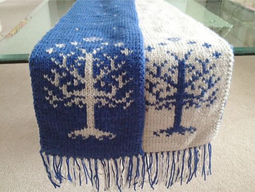 Ravelry: Tree of Gondor chart pattern by Lusianne R.