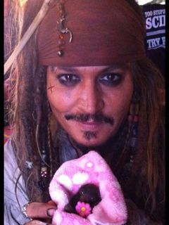 """sakurafavjd: """"Here is another shot of Captain Jack Sparrow with Jackie Sparrow """""""