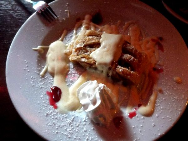 Cafe Bleibtreu - a piece of Charlottenburg in the 70's - Apple cake with warm vanilla sauce and cream