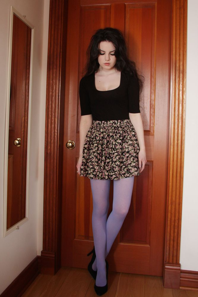 make-wearing-pantyhose-a-dress