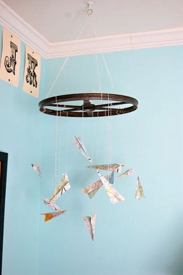 paper aeroplane mobile