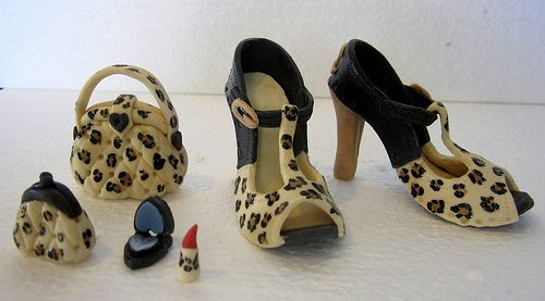shoes bag and make up. https://www.facebook.com/pages/Sandras-Cake-Toppers-and-Decorations/120113944860802