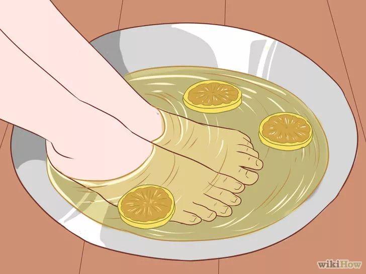 Obrázek nazván Get Rid of Calluses on Feet Step 12
